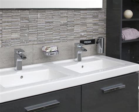 Mobiliario para baños PRISMA de ROCA de CHC