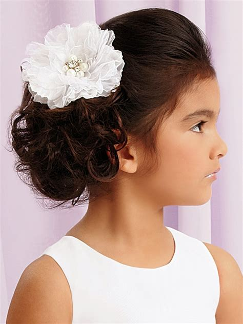 Moda Cabellos: Peinados de niñas en su Primera comunión   2014