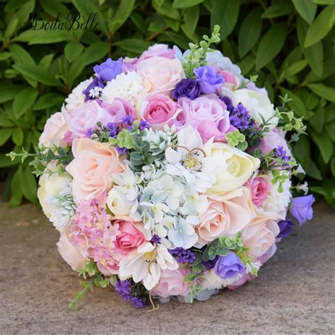 Modabelle Romantic Outside Wedding Flowers Bridal Bouquets ...