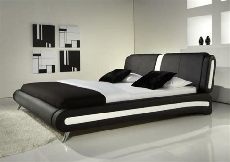 MODERN DOUBLE OR KING SIZE LEATHER BED BLACK & WHITE ...