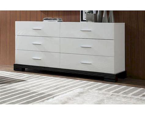 Modern White 6 Drawer Dresser 44B204DM
