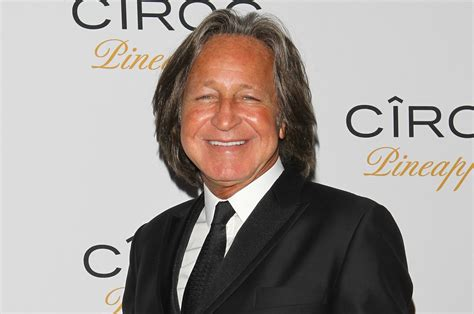Mohamed Hadid has some serious legal issues, but doesn t ...