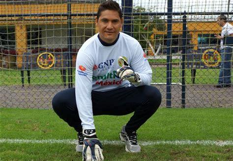 Moisés Muñoz deseó suerte a Raúl Jiménez   Goal.com