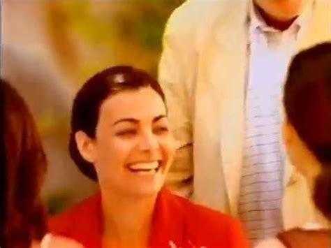 Mon Cheri Werbung Claudia Bertani 1998   YouTube