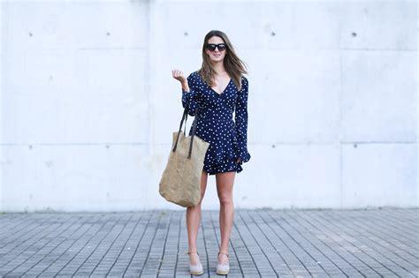 Mono corto lunares Zara | look zara | Zara   Blog de moda ...