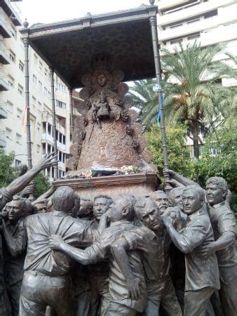 Monumento a la Virgen del Rocio  Huelva, Spanien ...