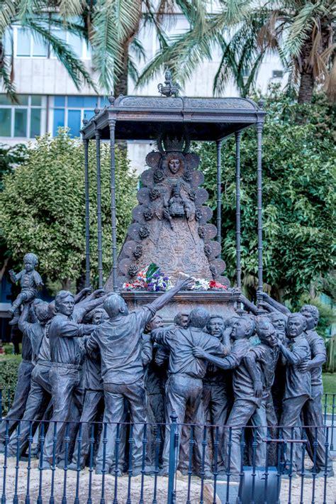 Monumento a la Virgen del Rocío   Portal web de Turismo de ...