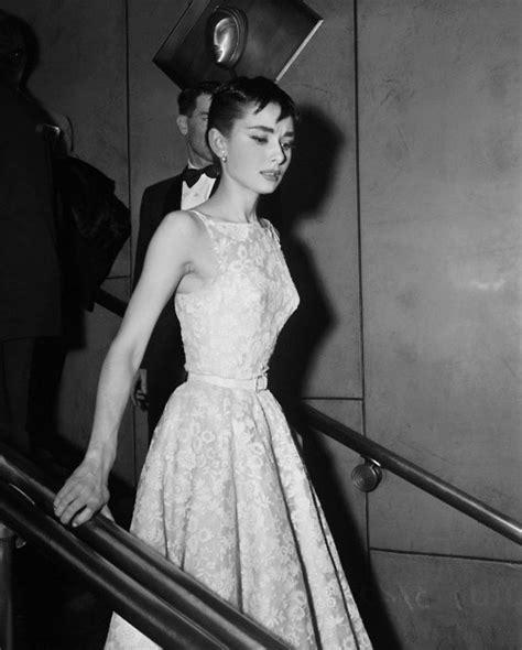 Morningstar Pinup: Audrey Hepburn 1954 Oscar Dress