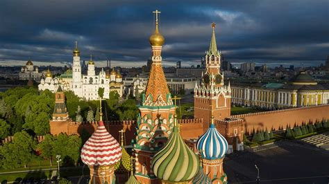 Moscú celebra su centenario como capital de Rusia ...