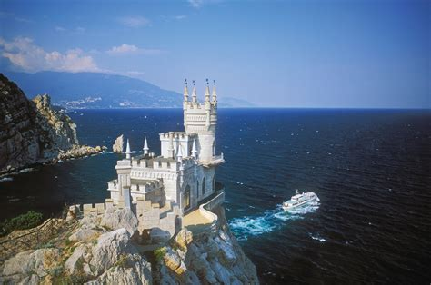 Most Beautiful Castles   Rare Photo s Collections