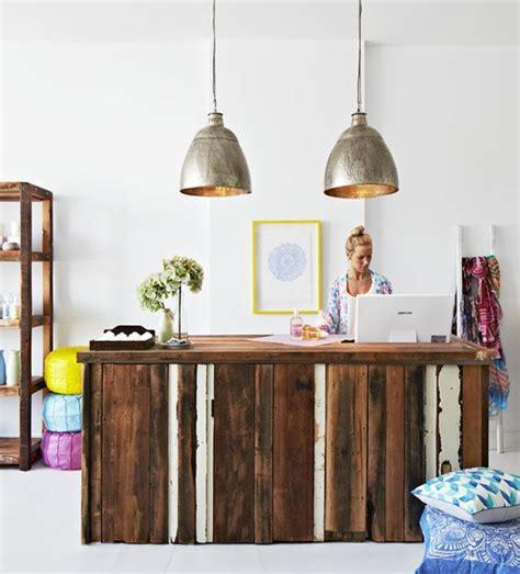Mostradores de madera para tiendas: 6 ideas low cost