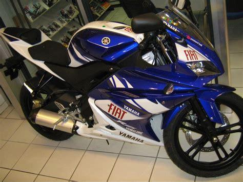 Moto 125cc occasion   moto plein phare