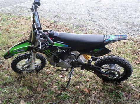 Moto cross de 10 ans   u car 33