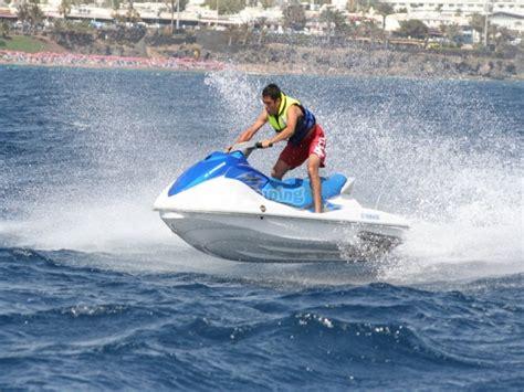 Moto de agua en Lanzarote para una persona 20 min ...