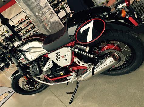 Moto Guzzi V7 Racer | Moto guzzi, Boutique, Motorcycle outfit