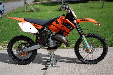 Motocross Bike at KTM SX 125 2006 in Swindon, United ...