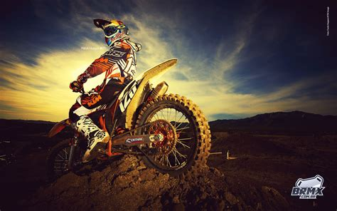 MOTOCROSS – you we re born to be real.not to be perfect