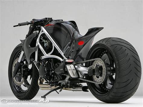 motos: MODELO DE MOTOCICLETA CON LLANTAS PISTERAS