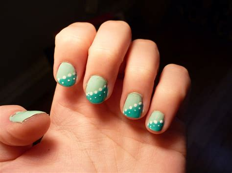 Muchas fotos de diseños de uñas muy elegantes y a la moda
