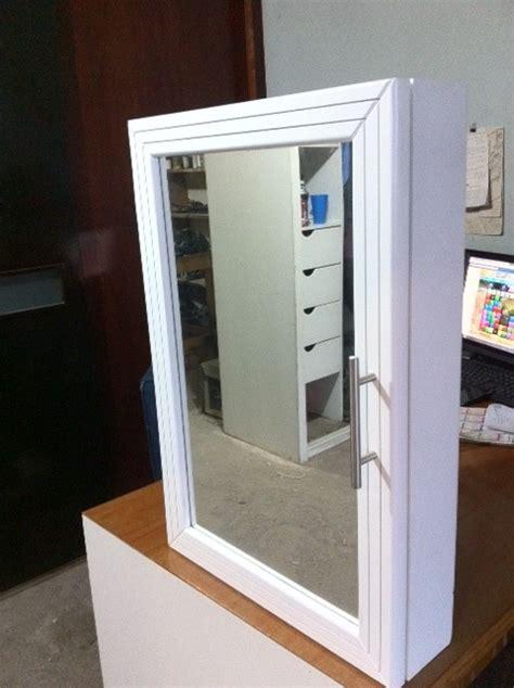 Mueble Botiquin Con Espejo Y Puerta Habatible Para Baño ...