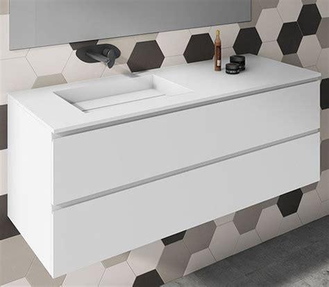 Mueble de baño a medida con lavabo Corian 502 | Baños de autor