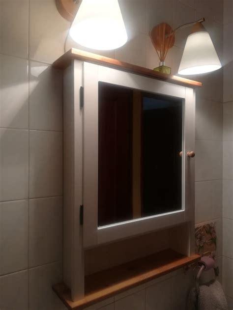 Mueble de baño con espejo y apliques de IKEA. de segunda ...