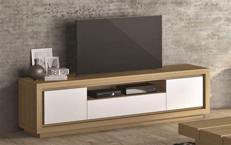 Mueble de TV de madera y laca blanca  Palisandro Interiorismo