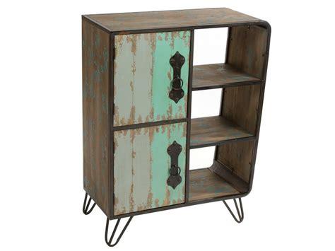 Mueble industrial de metal y madera de abeto decapada