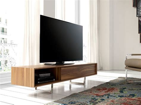 Mueble TV de madera chapada en Nogal   Angel Cerdá S.L