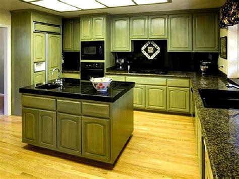 Muebles de cocina de color verde | Muebles Balt  Balt ...