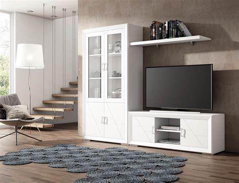 Muebles de gran calidad en madera con vitrina y mesa TV en ...