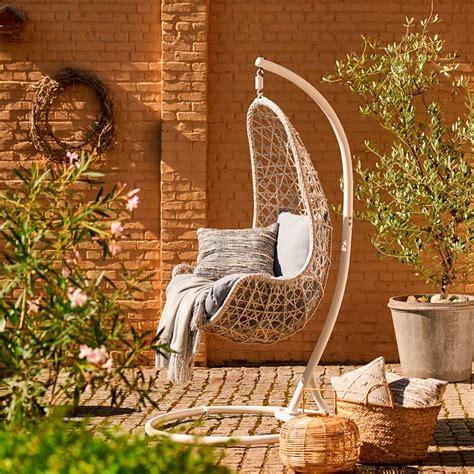 Muebles de jardín: Elige entre columpio o balancín para tu ...