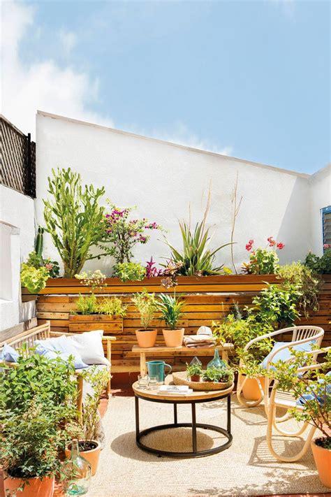 Muebles de terraza: qué material elegir
