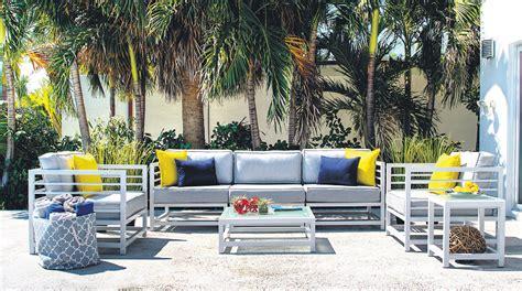 Muebles para la terraza: Cinco ideas para decorar tu casa ...