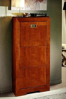 Muebles prácticos por La Decoradora Experta: Zapateros ...
