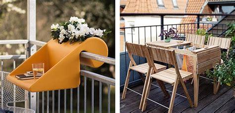 Muebles y accesorios para un balcón pequeño   Decoora