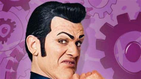 Muere a los 43 años el villano de la serie infantil «Lazy ...