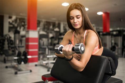 Mujer, en, gimnasio, cuerpo, edificio | Descargar Fotos gratis