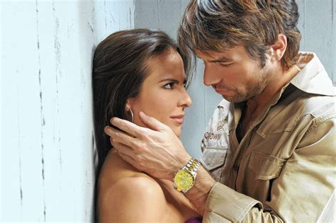 Mun2 gives hit telenovela 'La Reina Del Sur' English ...