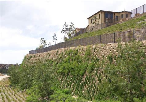 Muro de contención de hormigón   RESIDENTIAL DEVELOPMENTS ...