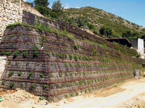 Muro de contención vegetalizable