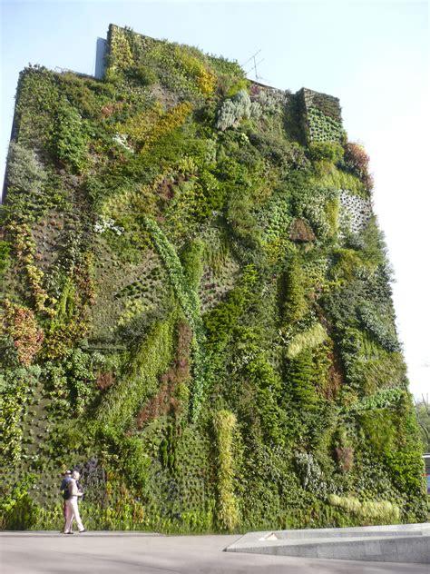 Muro vegetal Caixa Forum Madrid  With images  | City ...