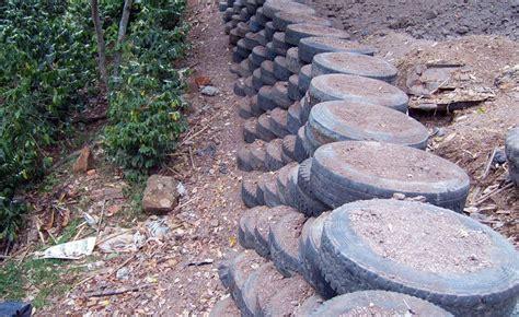 muros de contencion con neumáticos   Buscar con Google ...