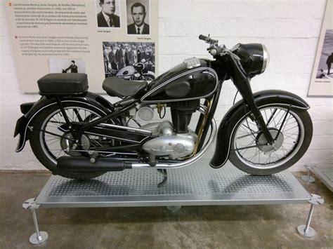 Museo de la moto antigua de Barcelona  Fotos
