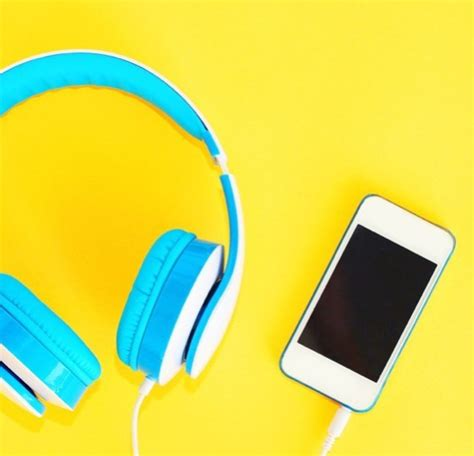 Music versus podcasts while running: a comparative study ...