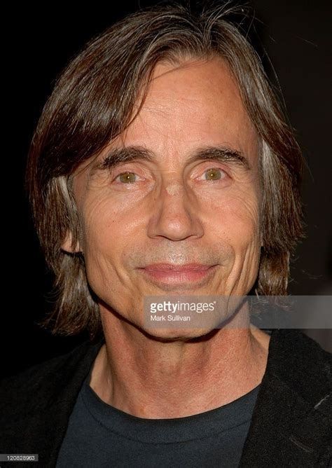 Musician Jackson Browne and actress Daryl Hannah ...