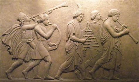 Musicos Escultura en relieve bajo relieve en piedra de ...