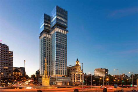 Mutua Madrileña 'desenchufa' las Torres de Colón   Seguros ...