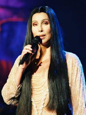 My idol.   Cher photos, Cher biography, Cher tour
