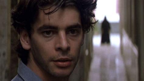 Nadie conoce a nadie: la última película española de culto